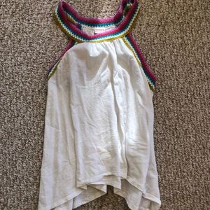 white tank top with colored collar